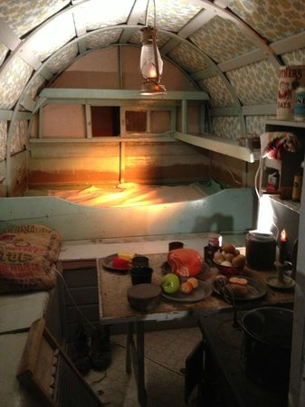 Basque Museum & Cultural Center : Shepherd's living quarters in the field