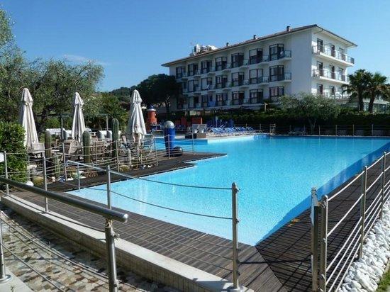 Grand Hotel Diana Majestic: Pool