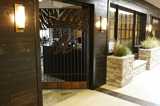 Morgan's Farm to Table: Located on the first floor of the Best Western Premier Nicollet Inn