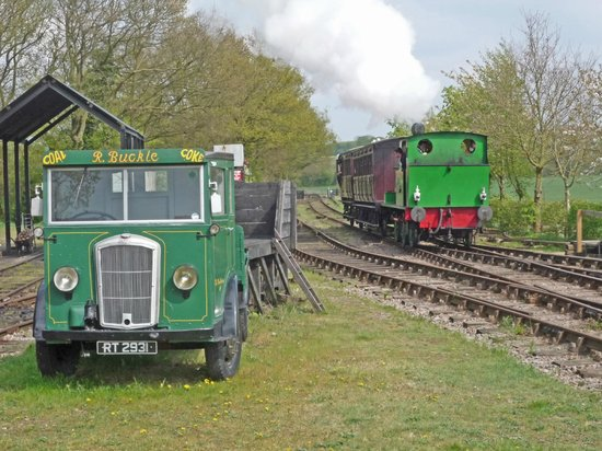 Mid Suffolk Light Railway Museum: Wissington approaching the main station at Brockford