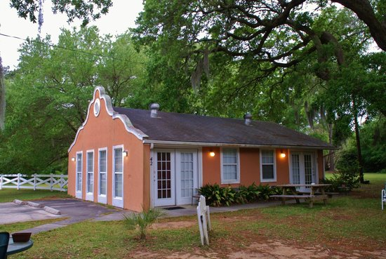Brookwood Motel: Alamo Cottage Rooms