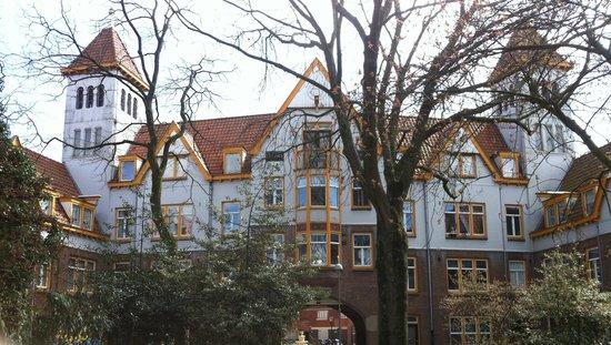 Museum Het Schip: Amterdamse School