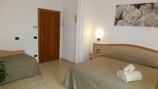Hotel Acapulco: camera tre letti