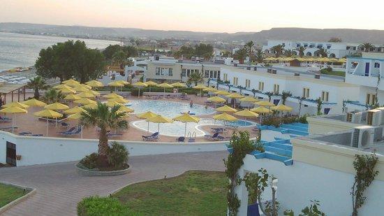 Mitsis Norida Beach Hotel: Piscina