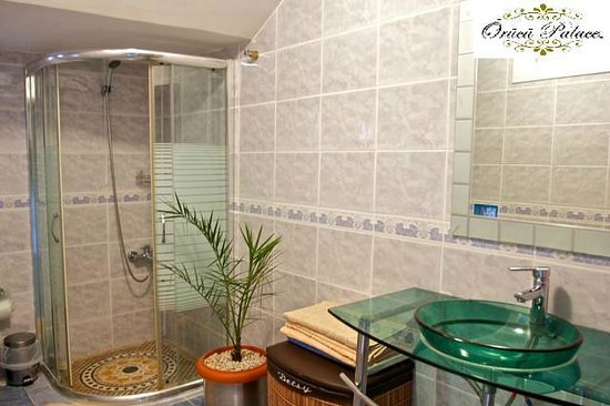Orucu Palace Apartments: Bathroom