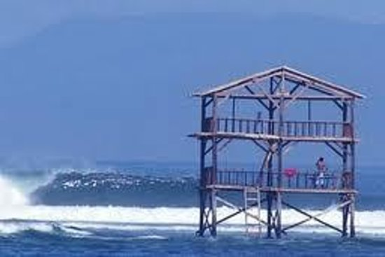 Sumbawa, Indonesia: stage sea