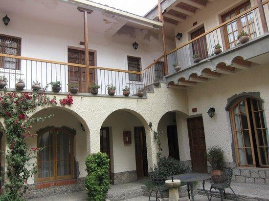 Hotel Rosario La Paz: Courtyard