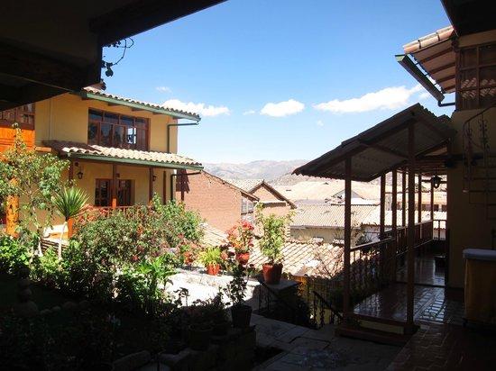 Amaru Hostal: Courtyard