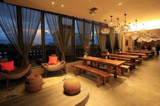 Pokara Resort: 閱讀區