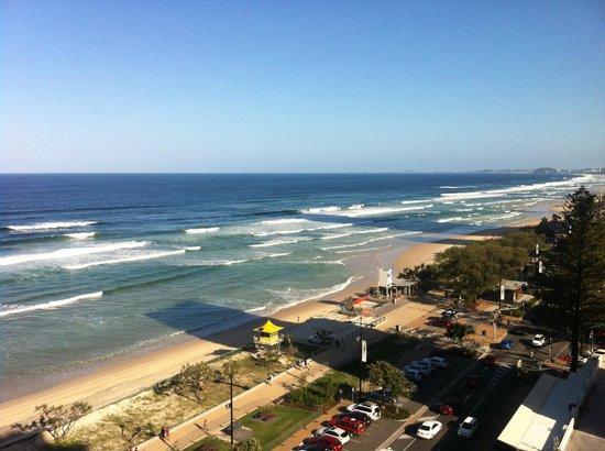 BreakFree Moroccan : Surfers Paradise beach
