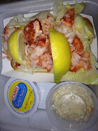 Jordan's Lobster Dock: Lobster Roll