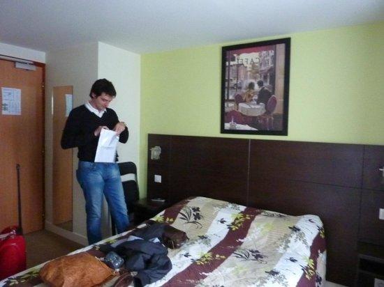 Hotel de Reims: camera da letto