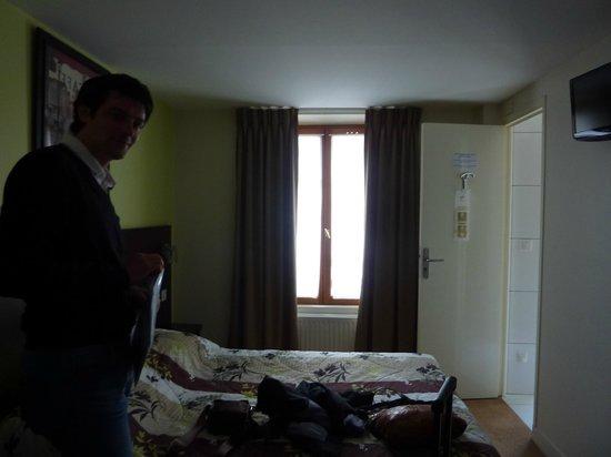 Hotel de Reims: camera con finestra