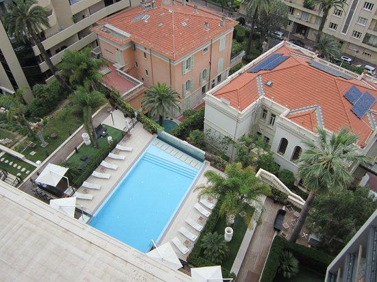 Novotel Monte Carlo : piscine de l'hôtel