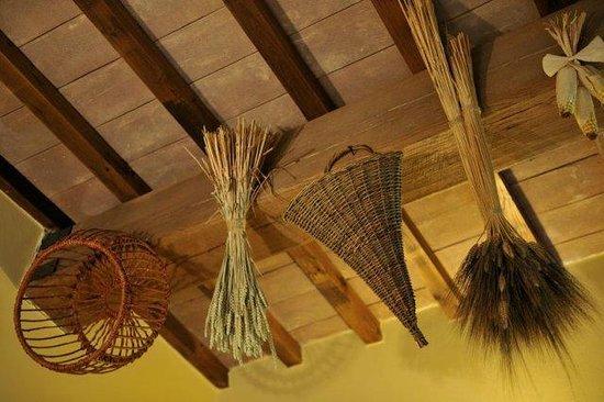 Agriturismo Il Corniolo: Antichi arnesi contadini