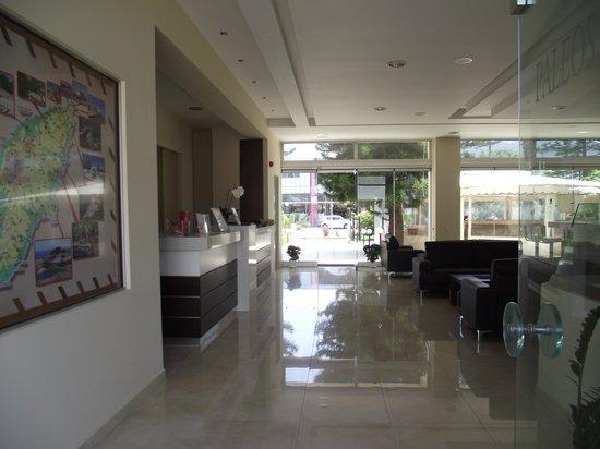 Paleos Apartments: reception