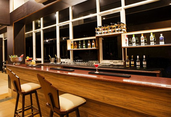 Ocean Palms Goa: Enjoy Local & International liquor at our Bar