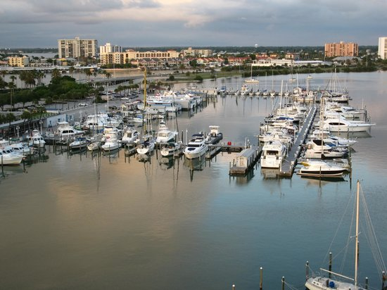 Jimmy's Crow's Nest: View of Marina