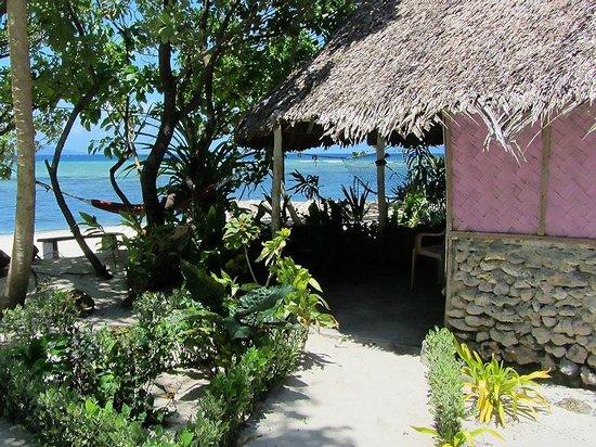 Rah Paradise Bungalows: Beach side bungalow