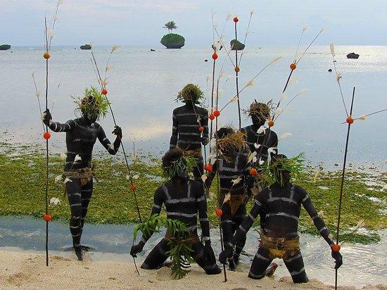 Rah Paradise Bungalows: Snake Dancers