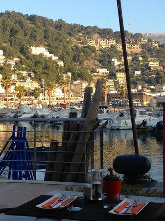 EL PIRATA : Terrasse am Hafenbecken