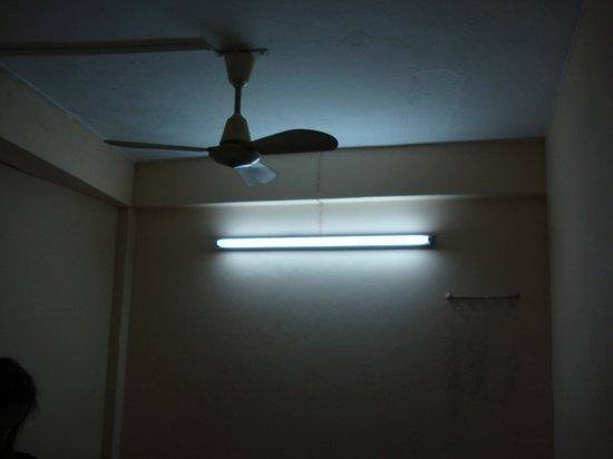Interior - Rainbow Khaosan Hostel and Guesthouse: 1