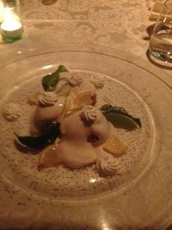 Adamo ed Eva by Eden Roc: Lemon dessert the perfect ending