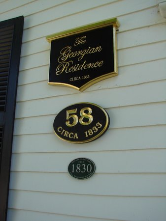 The Georgian Residence Luxury Boutique Suites: Historically Designated (circa) 1830 Heritage District