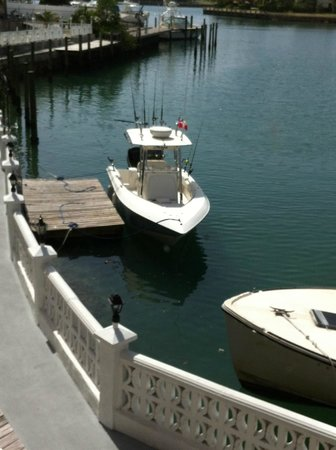 Bell Channel Inn: View of the floating dock