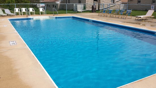 Americas Best Value Inn Palmyra/Hershey: Outdoor Pool