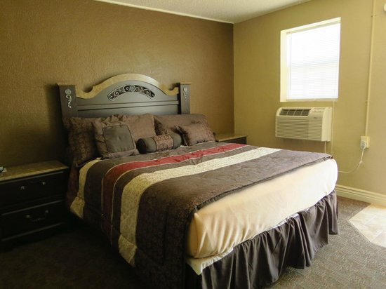 Best Inn Motel: Newly remodeled rooms.