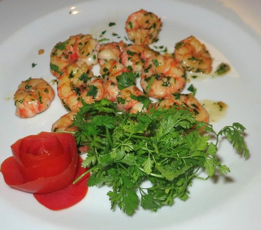 Restaurant La Piazza : San Remo Local Shrimps, succulent and parsley showered!