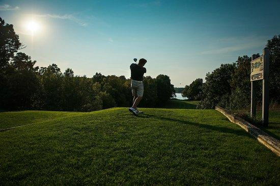 Thousand Islands Country Club - Old Course 11th Tee