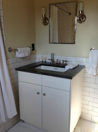 Coast Condos: small mirror small vanity
