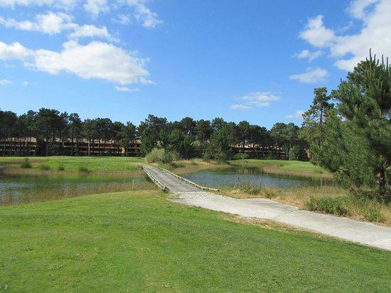 Aroeira Golf Resort : Golf course and Aroeira Villas on background