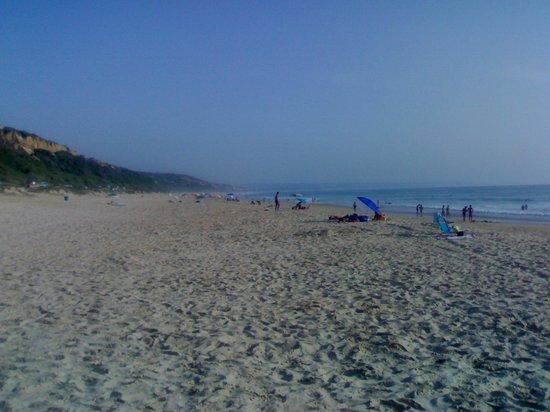 Aroeira Golf Resort : Fonte da Telha beach