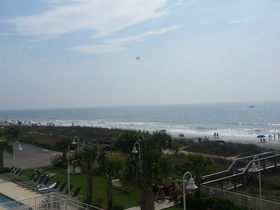 Hampton Inn & Suites Myrtle Beach/Oceanfront: View from the Balcony
