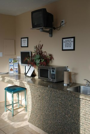 The Algonquin Hotel: Cafeteria