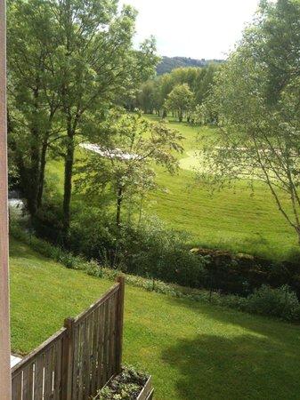 Domaine du Val de Sorne : Vue sur le golf depuis la chambre