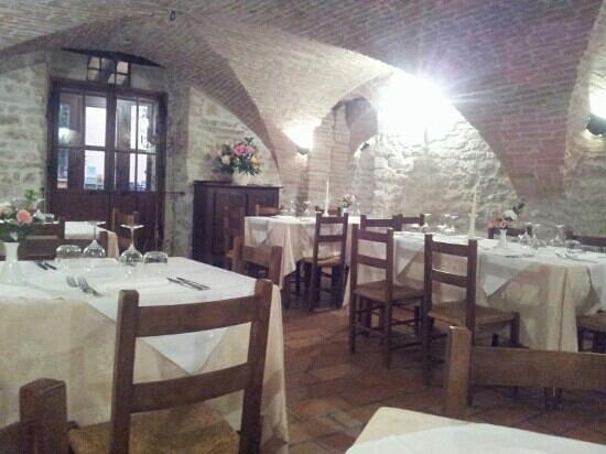 Il Convento - Antica Dimora Francescana Sec. XIII: la saletta centrale