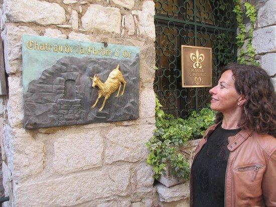 Kultours - Day Tours: Ingrid explaining the name of the restaurant in Eze!