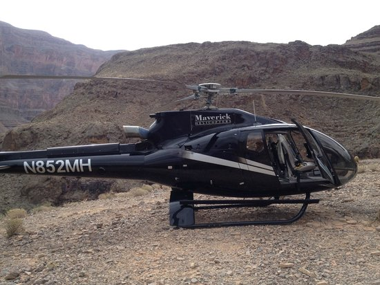 beautiful canyon picture of maverick helicopters las. Black Bedroom Furniture Sets. Home Design Ideas