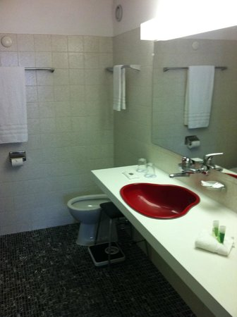 Eurotel Victoria: bidet included ( and normal toilet not pictured)