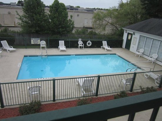 Quality Inn Cheraw: pool
