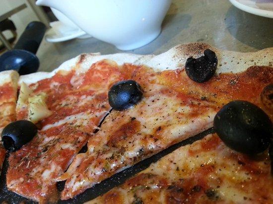 Caffe Marconi: Pizza were great