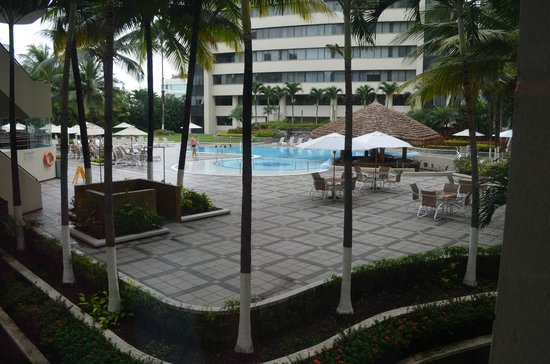 Pool Area Hilton Colon Guayaquil