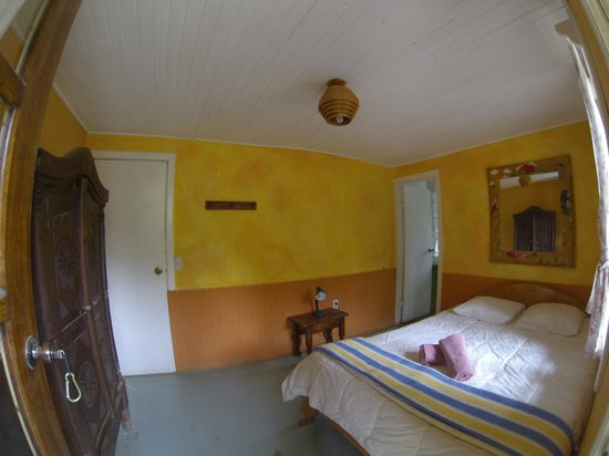 La Colina Lodge: Our sweet room!