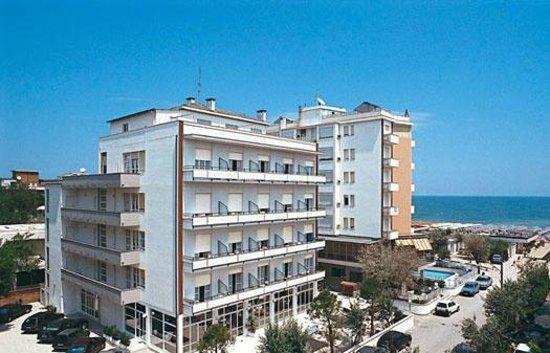 Hotel Mocambo : Fronte Hotel