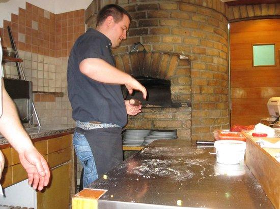 verdi verdi : Pizza on its way!
