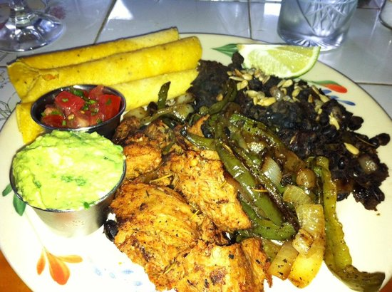 Puree Cafe: Mexican platter as a special